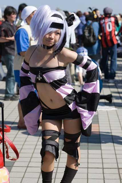 20090818_harupi_flat_tummy_cosplay_3