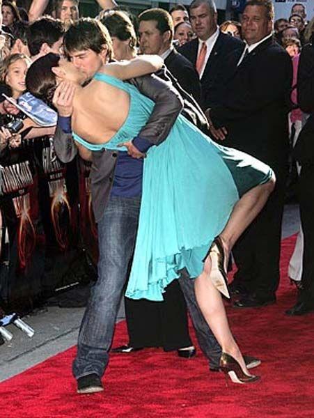 20090818_harupi_tom_katie_kissing