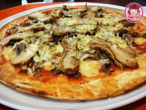 20091230_chic_mush_pizza