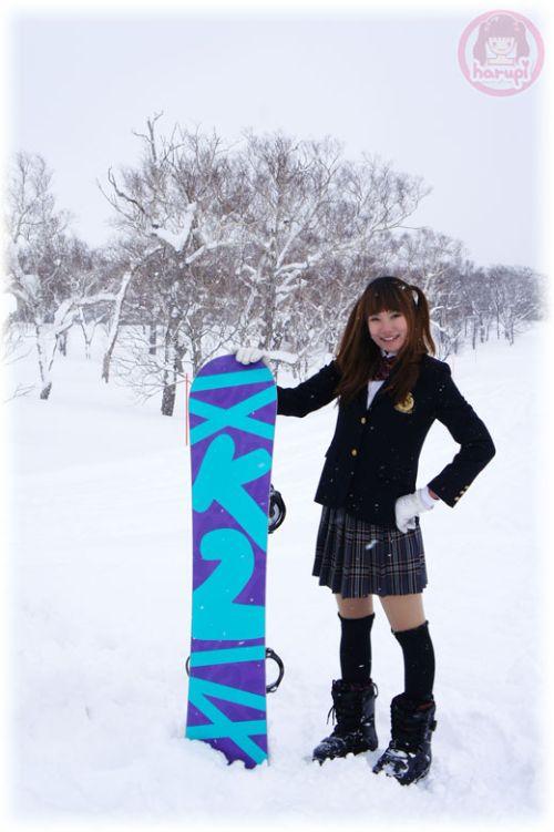 Snowboard school girl Haruka