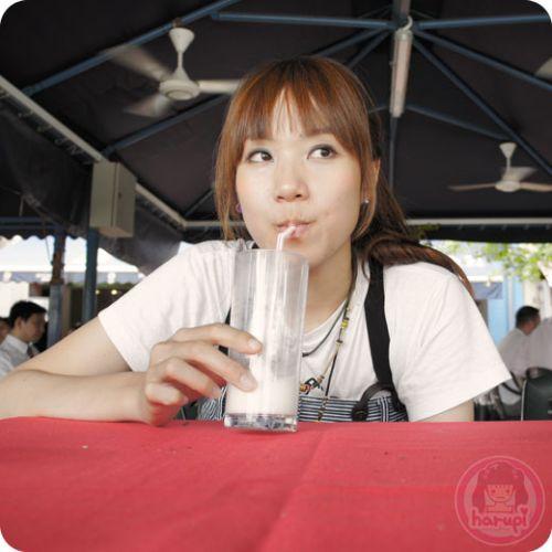 Lassi drink at Maharajah restaurant, Boat Quay
