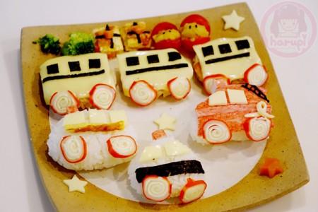 The birthday dinner plate - Vehicles!