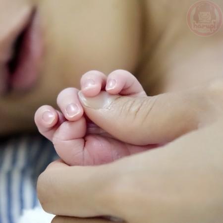 Baby tiny hand ♥